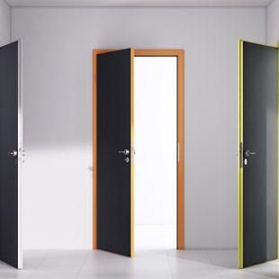 Tele beltéri ajtó /CPL, festett, furnér/